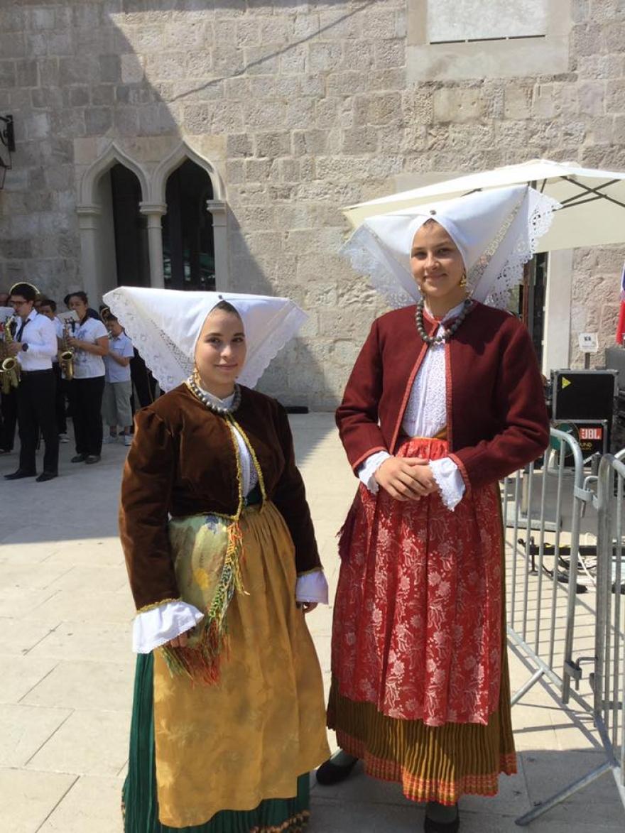 Župan Longin otvorio 8. Međunarodni festival čipke u Pagu
