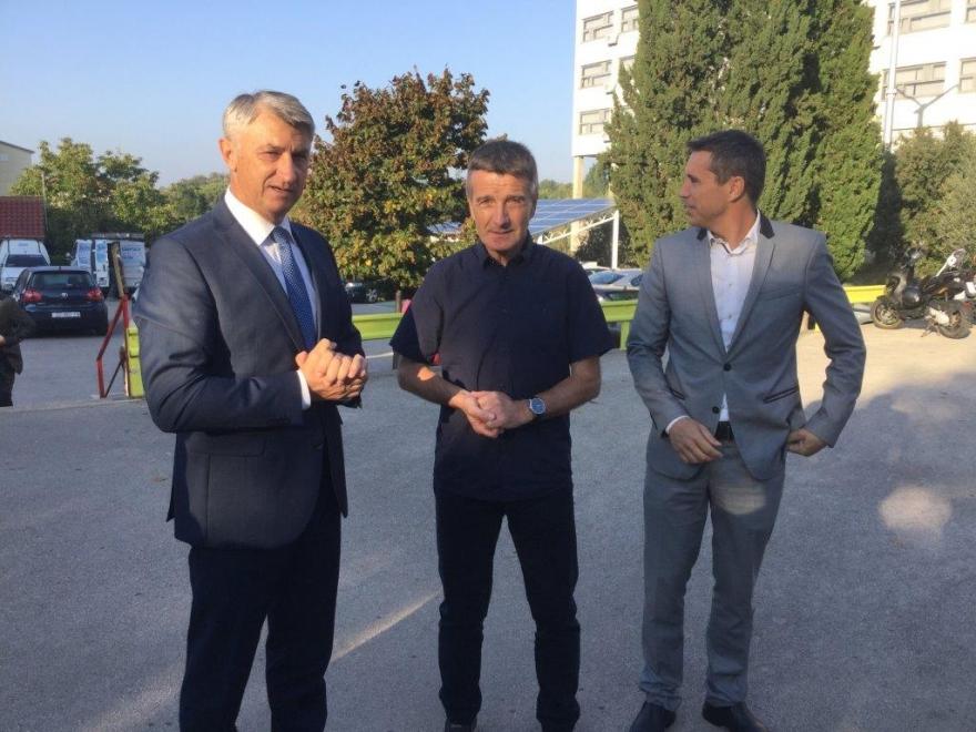 """Župan Longin obišao škole u eksperimentalnom programu """"Škola za život"""""""