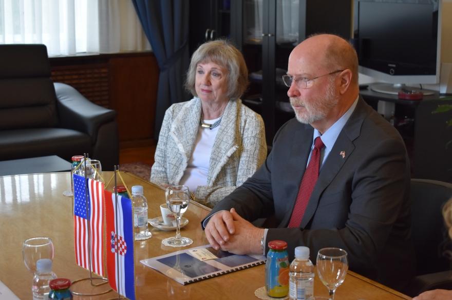 Novi veleposlanik SAD-a na radnom sastanku u Zadarskoj županiji