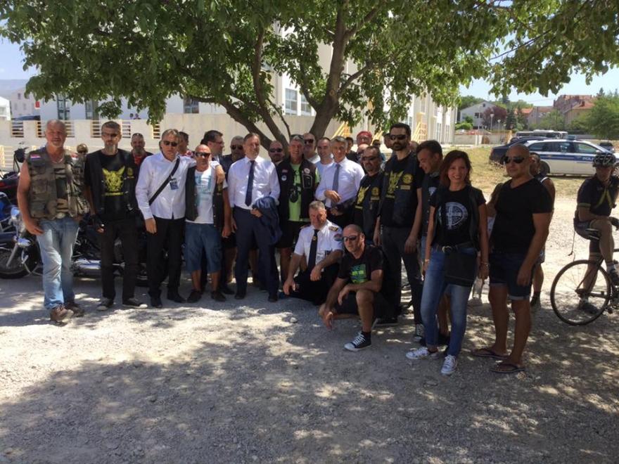 Državni vrh u Kninu pozdravio zadarske motoriste i bicikliste
