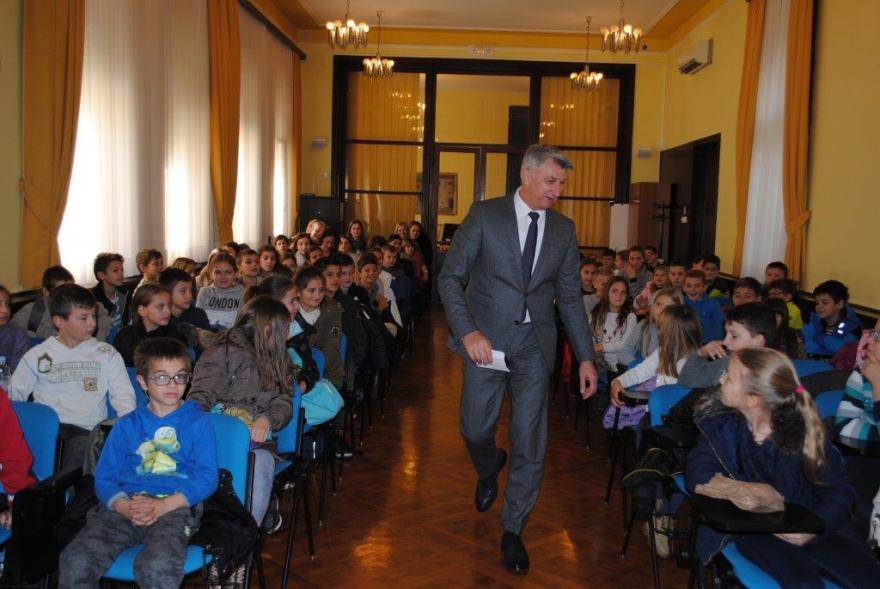 Župan primio učenike iz Stankovaca