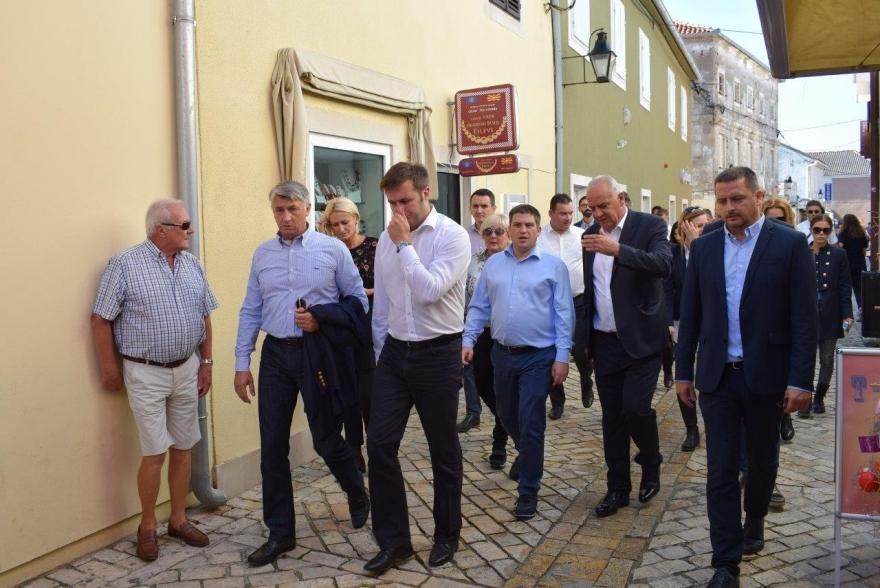 Ministri u obilasku oštećenih lokacija u Zadarskoj županiji