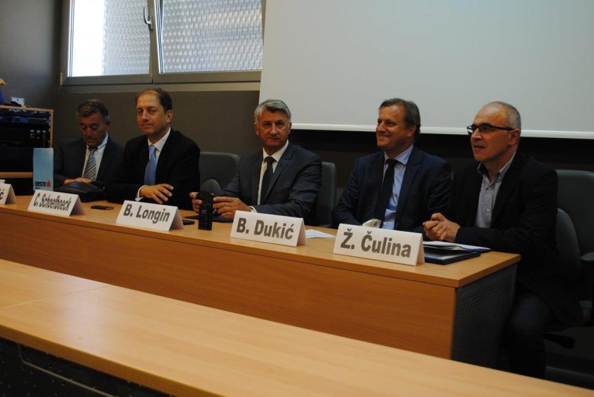 Općoj bolnici Zadar i Ligi protiv raka Zadar Erste banka ukupno donirala 200.000 kuna