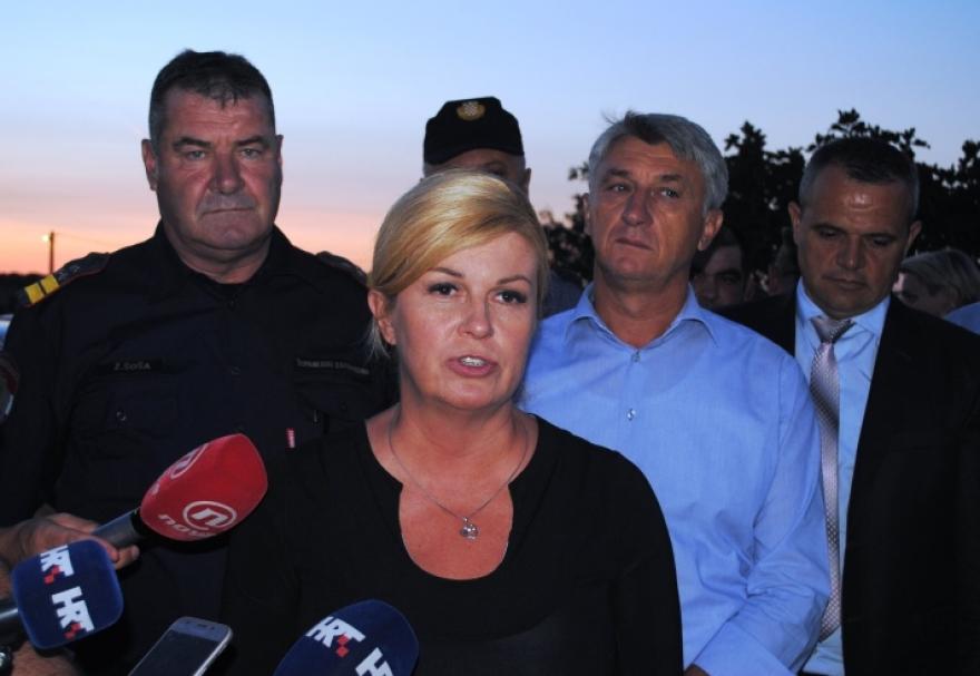 Predsjednica i župan u Benkovcu razgovarali o požarima u Zadarskoj županiji