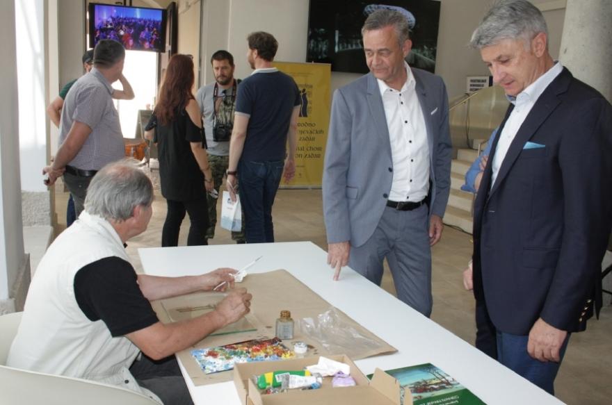 Dvojica župana na zatvaranju izložbe Hlebinska škola