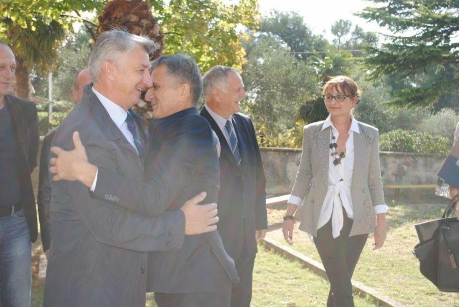 "Potpisan Ugovor o darovanju za izgradnju stambene zone ""Rabatin"""