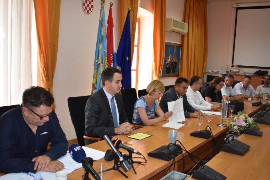 Potpisani 18 milijuna kuna vrijedni ugovori za tri pretovarne stanice